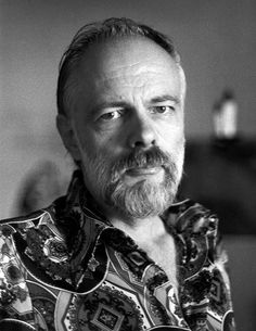 Pulling the Cosmic Trigger: The Contact Experiences of Philip K Dick & Robert Anton Wilson Michel De Montaigne, Sci Fi Authors, Book Authors, Blade Runner, Constellations, Philip K Dick, Cyberpunk, Isaac Asimov, Book Writer