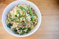 Spring has sprung, which means it's the perfect time to whip up a bowl of vegetable quinoa pilaf. Source: So Says Sarah . . .