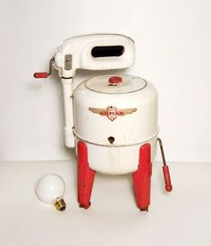 Antique Toy Washing Machine (I don't know what the Light Bulb is for)