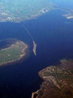Öresund Bridge Turns Into a Tunnel (between Denmark and Sweden)