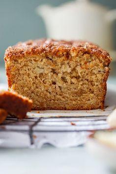 Brown sugar cinnamon banana bread - Simply Delicious. Baking | Dessert | Sweets | Comfort food | Banana cake | Banana loaf | Easy recipe | Snack | Tea time |