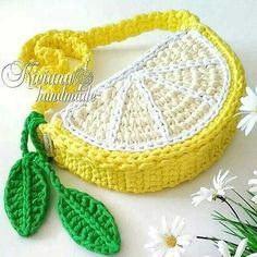Crochet Kawaii, Crochet Diy, Crochet Motifs, Crochet Amigurumi, Crochet Crafts, Crochet Projects, Crochet Patterns, Crochet Ideas, Crochet Wallet