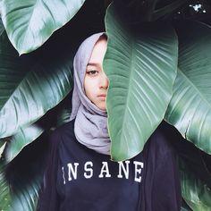 INSANE Tees by @19thyearsold  by strngrrr Islamic Fashion, Muslim Fashion, Modest Fashion, Hijab Fashion Inspiration, Style Inspiration, Hijab Outfit, Ootd Hijab, Tee Design, Fashion Pictures