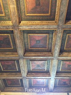 Palazzo Te Mantova Ceiling Ideas, Ceiling Design, Painted Ceiling Beams, Ceiling Medallions, Small World, Stables, Living Room Interior, Interior Architecture, Stencil