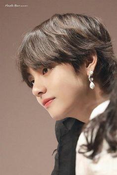Bts Taehyung, Bts Bangtan Boy, Daegu, Btob, Mamamoo, Bts Kim, V Bts Cute, Mullet Hairstyle, V Bts Wallpaper