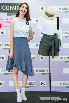 "YoonA 180721 ""H:CONNECT"" Event in Singapore Snsd Fashion, Korea Fashion, Dress Skirt, Midi Skirt, Yoona Snsd, Modern Fashion, Fashion Styles, Girls Generation, Korean Singer"