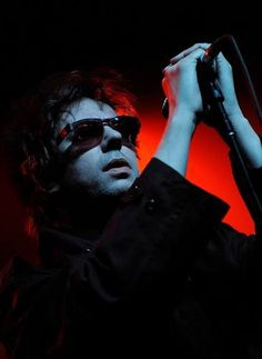 Ian McCulloch New Wave Music, Music Love, Echo And The Bunnymen, Sounds Good To Me, Rock News, Gothic Rock, Joy Division, Sing To Me, Image Of The Day
