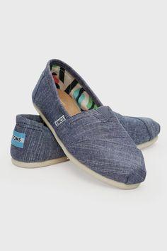Toms Women's Classic Shoe - Shoes | North Beach