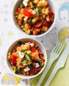 """Marokkanischer Bulgur-Salat Ein Bulgursalat ist immer eine feine Sache fürs Partybuffet: Die vorgekochte Weizenschrot ist schnell gekocht und verträgt sich prima mit Gemüse aller Art. Wer's pikant mag, schmeckt den Salat mit Harissa ab! <a href=""""/rezepte/rezepte/marokkanischer-bulgur-salat"""">Zum Rezept: Marokkanischer Bulgur-Salat</a>"""