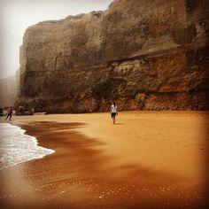 The beginning of Great ocean road part II -Gibson steps. Ants beside a cliff  #Australia #Victoria #greatoceanroad #12apostles #cliff #sea #seaside #coast #ocean #roadtrip #daytrip #drive #visitaustralia #visitvictoria #travel #travellife #traveller #sightseeing #waves #blueocean #summer #summerday #aussiesummer #beach #beachlife #whitewaves #hefe #filter #travelgram by slimpt http://ift.tt/1ijk11S