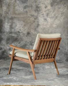 Vibieffe Fast Armchair, modern furniture Vancouver  Spencer Interiors Inc.  tel: 604 736-1378