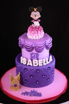 I love this Princess Minnie cake done by Andrea Sullivan of Sweet Cakes