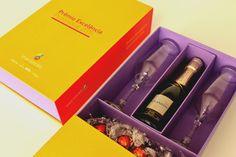 """Projeto Especial / Grupo Boticário   """" Prêmio exelência profissional 2015 """" #criativebox #grupoboticario #embalagens #kitpress #Caixapersonalizada #projetosespeciais #caixa #caixarigida #brindecorporativo #brinde #package #Box #embalagensespeciais #packaging"""