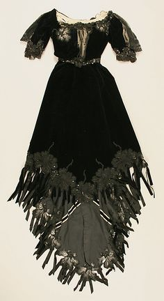 Dress with 2 Bodices, Evening Bodice (front) Date: ca. 1901 Culture: French Medium: silk Accession Number: 38.37.2a–d