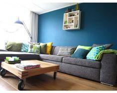 woonkamer blauwe muur - Google Search