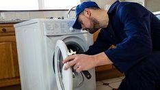 V nabídkách bytů k pronájmu najdete jak byty zařízené, tak zcela holé. Stejně tak požadavky zájemců o nájemní bydlení jsou různé. Pro některé je například rozhodující, zda je v bytě vybavená kuchyň či zda je tam pračka nebo gauč. Existují nějaká pravidla, čím vším by měl pronajímatel byt vybavit? A kdo má zajistit a zaplatit opravu pronajatého zařízení? Může nájemce po pronajímateli chtít zakoupit nový spotřebič, když ten původní doslouží? Washing Machine, Home Appliances, House Appliances, Appliances, Washers