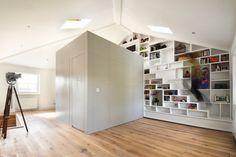 escalier gain de place et étagères murales de rangement 2 en 1