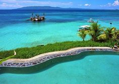 Partial to the beautiful islands in the Philippines-Bohol beaches Voyage Philippines, Bohol Philippines, Philippines Beaches, Philippines Travel, Beautiful Islands, Beautiful Beaches, Beautiful World, Beach Resorts, Hotels And Resorts