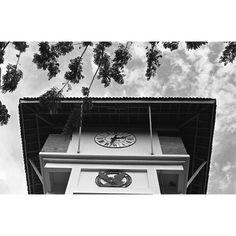#beforepixel #asgoodsupplyco #socca_id #sumot #35mm #analogfilm #ishootfilm #indo35mm #beforepixel #wearefilmsfolks #filmisnotdead #seluloid #nikon #nikonF2 #nikonF4 #analogphotography #nikkor #nikkorlens #kodak #tmax400                     #susahmotret @sumot @beforepixel @socca_id @asgoodsupplyco