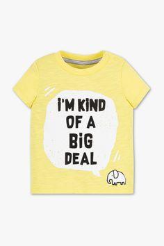Baby short sleeve T-shirt - organic cotton Baby Club, Newborn Outfits, Sustainable Fashion, Slogan, Baby Gifts, Organic Cotton, Short Sleeves, Babys, Mens Tops