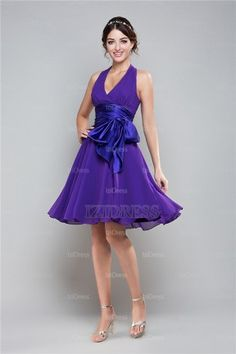 A-Line/Princess V-neck Straps Chiffon Prom Dress - IZIDRESSES.com
