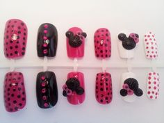 'Minnie Moi'. Cute Minnie Mouse Nail Set Minnie Mouse Nails, Art Assignments, Manicure At Home, Nail Set, Fancy Nails, Nail Designs, Beautiful, Nail Desings, Home Manicure