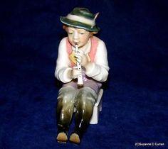 Antique-Karl-Ens-Dresden-Volkstedt-Musician-Man-Playing-Horn-German-Figurine
