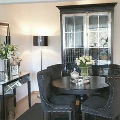 #manhattanluxcabinetblack hos @lady_ley_home  @classicliving #classicliving #møbler #interiør #Stuemøbel #vakrehjem #interior #furniture #home #design #interior125 #interior444 #interiør123 #interior4all #hem_inspiration #husoghjem #stue #cabinet