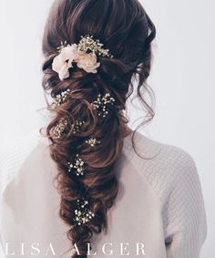 Baby's BREATH  just the right amount...who else is using a lot of this to accent their Brides this season?  look created by @essexwedbeauty @essexwedbeauty  #flowerhairaccessories #beyondtheponytail