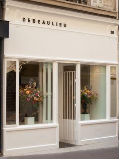 New Ideas Flowers Shop Interior Design Store Fronts Shop Interior Design, Retail Design, Store Design, Design Interiors, Flower Shop Design, Shop Front Design, Flower Shop Interiors, Vitrine Design, Shop Facade