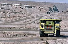 Chuquicamata is the largest open pit mine in the world, near the city of Calama in Chile. Copper Wallpaper, South American Countries, Andes Mountains, Largest Countries, American Country, Paddle Boarding, Geography, Tourism, City