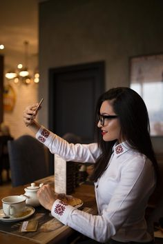 Camasa alba cu detalii traditionale | Sandra Bendre Business Shirts, Different Patterns, Collection, Fashion, Moda, Fashion Styles, Suit Shirts, Fashion Illustrations