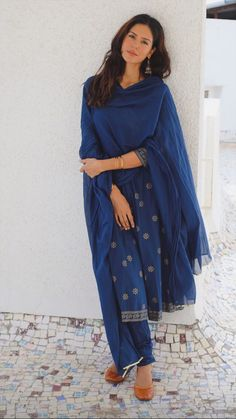 Indian Dress Up, Indian Gowns Dresses, Ethnic Dress, Indian Attire, Event Dresses, Indian Fashion Salwar, Casual Indian Fashion, Ethnic Outfits, Indian Outfits