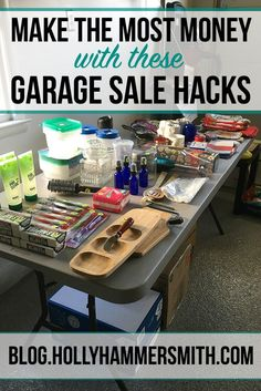 money through Garage Sale Hacks: Garage sales allow you to work on negotiation skills, socialize and get rid of junk. Make the most money at your yard sale using these garage sale hacks. Garage Sale Signs, Garage Sale Pricing, Yard Sale Signs, Garages For Sale, Make More Money, Extra Money, Extra Cash, Garage Sale Organization, Organizing