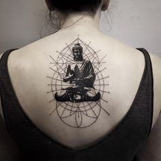 55 Sexy Spine Tattoos For Women - Designs, Ideas & Meaning Girl Spine Tattoos, Spine Tattoos For Women, Cover Up Tattoos, Body Art Tattoos, Small Tattoos, Tattoos For Guys, Cool Tattoos, Sister Tattoos, Flower Tattoos