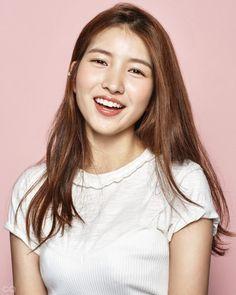 GFRIEND is all smiles in 'GQ Korea'!   Koogle TV