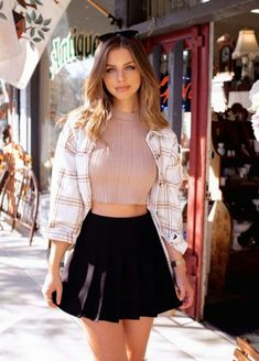 Fashion Models, Girl Fashion, Fashion Outfits, Prety Girl, Marina Laswick, Canadian Models, Character Outfits, Sweet Girls, Nice Tops