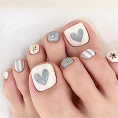 elegant and stylish bright french toe nails design; elegant toe nails in bright colors; bright color design nails for toes; Simple Toe Nails, Pretty Toe Nails, Cute Toe Nails, Bright Toe Nails, Toenail Art Designs, Valentine's Day Nail Designs, Nails Design, Flower Pedicure Designs, Red Nail Art