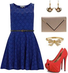 Once Upon a Time fashion - Belle's blue dress