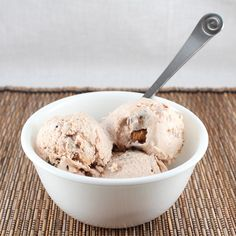 Moose Tracks Ice Cream (Low Carb, Gluten Free, and Dairy Free)  ///  2 cans (13.5 oz) coconut milk    1 vanilla bean    2 tsp vanilla extract    1/2-3/4 cup equivalent sweetener (I used Swerve--sweeten to taste)   Chocolate Sauce (one batch--recipe below)    15 Almond Butter Cups, quartered