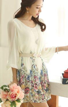 So Cute! White Floral Printing Three Quarter Sleeves Pleating Chiffon Dress #Cute #Sweet #Summer #Floral #Fashion