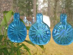Shop for on Etsy, the place to express your creativity through the buying and selling of handmade and vintage goods. Glass Wind Chimes, Recycling, Bottles, Diy Projects, Hands, Decorating, Christmas Ornaments, Holiday Decor, Unique Jewelry