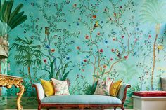 Chinoiserie wallpaper by de Gournay De Gournay Wallpaper, Silk Wallpaper, Hand Painted Wallpaper, Chinoiserie Wallpaper, Painting Wallpaper, Chinese Wallpaper, Wallpaper For House, Amazon Wallpaper, Turquoise Wallpaper