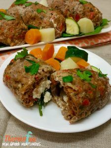 Quick easy and delicious meals that will have you hoarding the leftovers for lunch! These thermomix mini greek meatloaves are the perfect addition to your m Teriyaki Steak, Clean Eating Snacks, Healthy Eating, Tuna Lettuce Wraps, Low Carb Recipes, Healthy Recipes, Fish Recipes, Butter Pasta, Gourmet