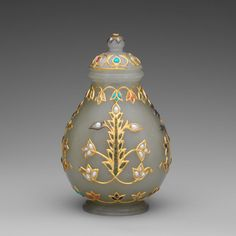 Jar with Cover. Jade (nephrite) inlaid with gold and stone. Mughal. India. 18th century