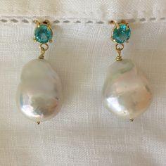 Brincos Lua Azul - apatitas, pérolas barrocas ouro 18k