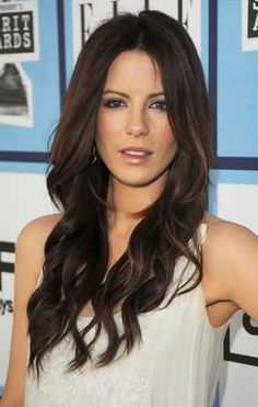 Stylish Elegant Hairstyles for long hair. Love her!