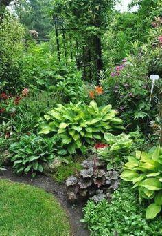 Fresh and beautiful backyard landscaping ideas 04 #landscapingideas #Landscapingandoutdoorspaces #LandscapingIdeas
