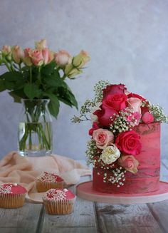 Cakes with Fresh Blooms | Sugar Plum Bakes