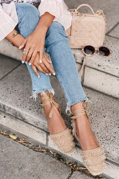 Gorgeous fringe espadrilles. Quilted Chanel purse. Fashion blogger. Great look for spring and summer.